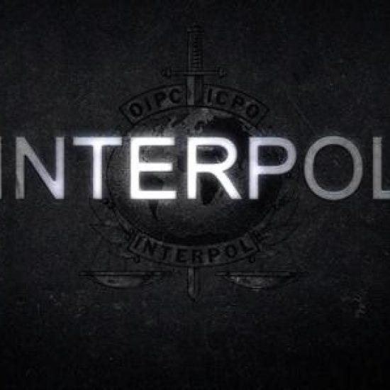 """""""Les poupées russes"""" - INTERPOL - Série TV TF1"""